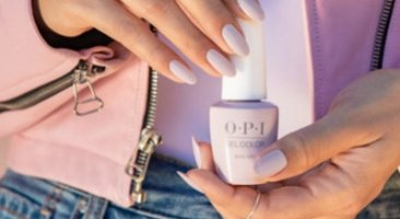 Discover the different types of nail polish